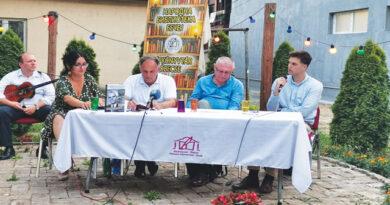 """Narodna biblioteka Bečej: Predstavljena monografija """"Ravnica će ga pamtiti"""""""